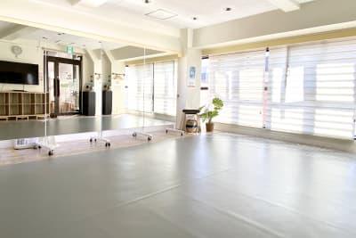 リノリウムシート使用時 - スタジオプシュケ南林間店 レンタルスタジオの室内の写真