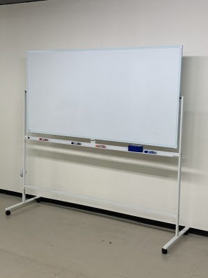 THビル3階Bルーム 多目的スペース(会議、ダンス等)の設備の写真
