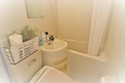 シャワーのご利用ができます。(オプション)シャンプー&コンディショナー&ボディーソープ有り - party coco NUMA部屋の室内の写真