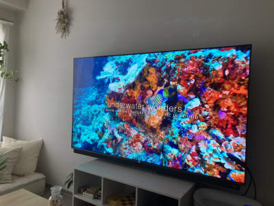 光WiFi完備なので、65型テレビで4k画像もキレイ☆ - 天王寺Hono 天王寺レンタルスペースほのの室内の写真