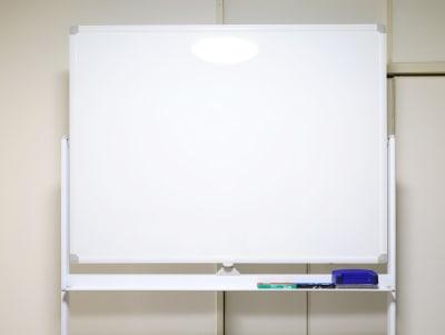 ホワイトボード120×90cm - シャイン市川 QualityTime市川の設備の写真