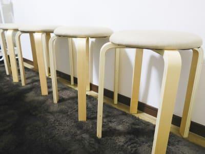 補助椅子2脚 - シャイン市川 QualityTime市川の設備の写真