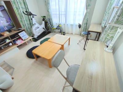 デスク、チェア - のんびりスタイル高田馬場 のんびりできるお部屋の室内の写真