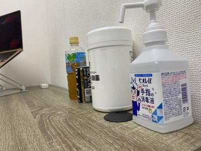 消毒やアルコールティッシュ - テレワークスペース個室 秋葉原 テレスペ秋葉原の設備の写真