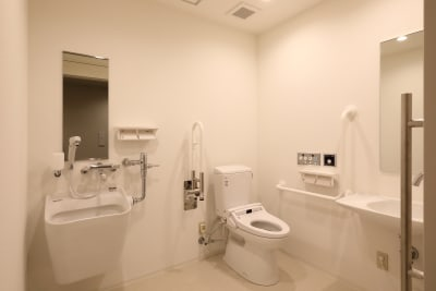 清潔なお手洗い。定期的にスタッフが見回りを行い、きれいな状態をキープしています! - THE STAY OSAKA コワーキング・多目的スペース7の設備の写真