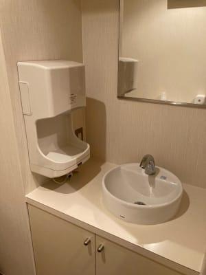 トイレの洗面 - 占いsalonテラの椅子 レンタル・スペース④の設備の写真
