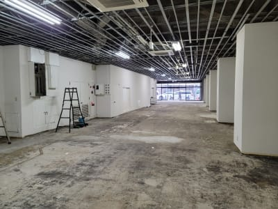 谷口悦第二ビル オープンスペース 1階 多目的スペースの室内の写真