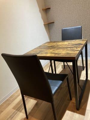 占いsalonテラの椅子 レンタル・スペース②の室内の写真