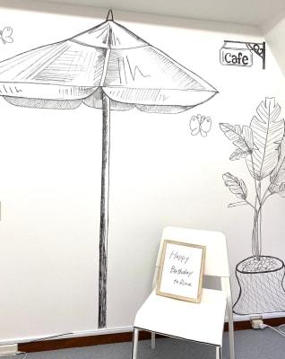 2Dアート会議室★心斎橋徒歩1分 お洒落な貸し会議室の室内の写真
