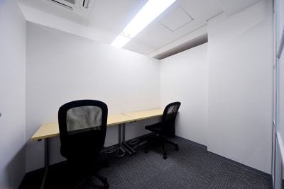 BAレンタルオフィス本町 半個室《定員2名》の室内の写真
