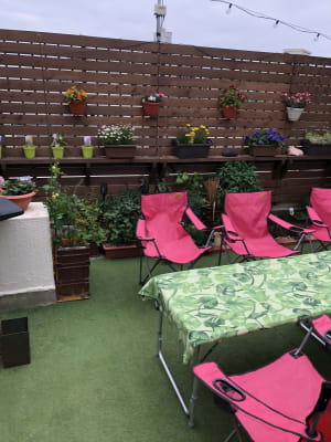 長テーブル、チェアのご用意もあります! - 屋上スペース Ciel【シエル】 矢川駅1分屋上スペースの室内の写真