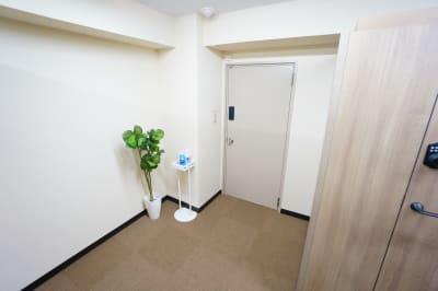 【個室型ワークブース鶴見】 個室型ワークブース鶴見No.4の室内の写真