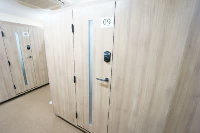 【個室型ワークブース鶴見】 個室型ワークブース鶴見No.9の室内の写真