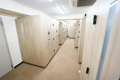 【個室型ワークブース鶴見】 個室型ワークブース鶴見No.8の室内の写真