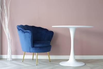 丸テーブル(直径80) - 代々木スタジオ 代々木/白壁/自然光撮影スタジオの室内の写真