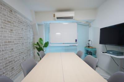 マイスぺ24 四ツ橋スペース レンタルスペース 貸会議室の室内の写真