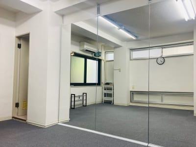 レンタルスタジオSunny 高田馬場②号店の室内の写真