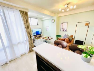 カウンターキッチンでBar気分🍷 - カハラ四条烏丸 パーティースペースの室内の写真