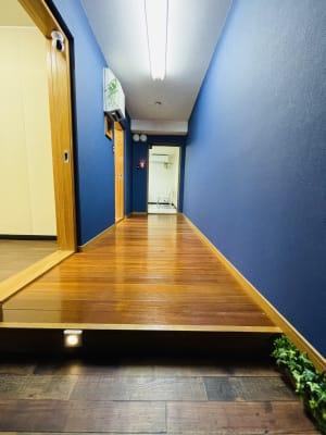 サロン 廊下-01 - ソレイユサロン西鉄久留米 Aルーム (グランドピアノ有)の室内の写真