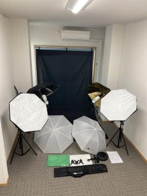 撮影機材ご利用の際はメッセージにてご連絡ください。 - 多目的スペース「プロジェクト」 駅前レンタルスタジオの設備の写真