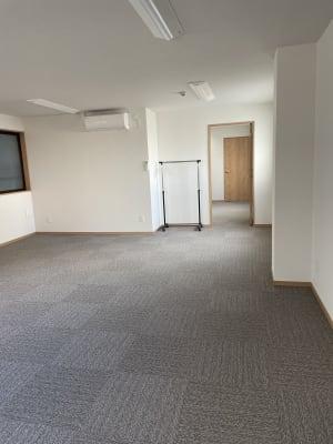 室内からの撮影 - 多目的スペース「プロジェクト」 駅前レンタルスタジオの室内の写真