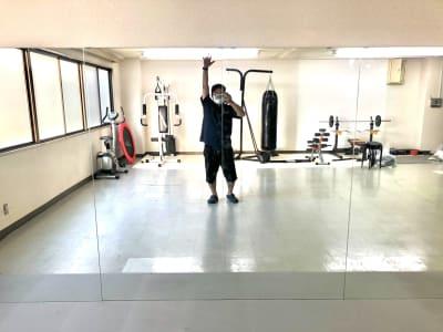 第一水野ビル ダンス&トレーニング 庚午店の室内の写真