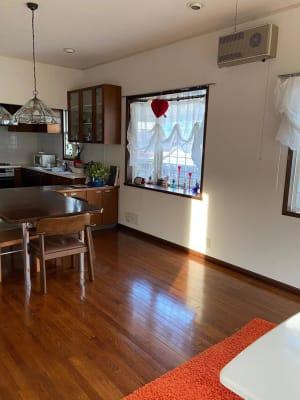 奥側からキッチンの方をみた写真 - 旗の台シェアハウス キッチン付きレンタルスペースの室内の写真
