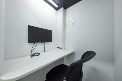 テレワークブース品川Ⅰ 京急第11ビル ブースAの室内の写真