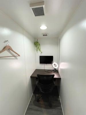 個室ワークスペース2 - cocony武蔵小杉 個室ワークスペース武蔵小杉 2の室内の写真