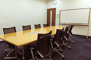 リファレンス博多 駅東ビル貸会議室 会議室Bの室内の写真