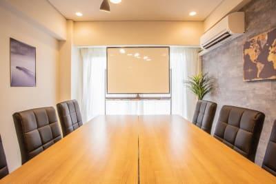 ふれあい貸し会議室 六本木シロー ふれあい貸し会議室 六本木Aの室内の写真