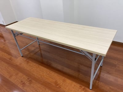テーブル(長机)(2台) 1800mm×600mm×700mm - 時々海風が吹くスタジオ 多目的スペースの設備の写真