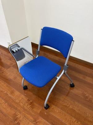 椅子 (10脚) メモ台・キャスター付き - 時々海風が吹くスタジオ 多目的スペースの設備の写真