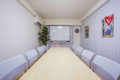 ふれあい貸し会議室 府中セザール ふれあい貸し会議室 府中Aの室内の写真