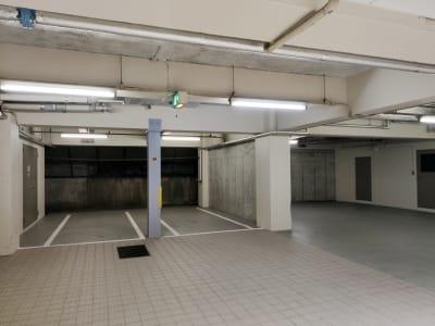 1階は駐車場です(要予約) - 渋谷ホール&スタジオ 渋谷ホールのその他の写真