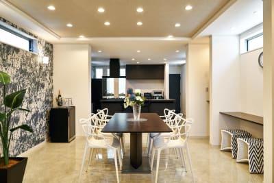 【2F】ダイニング - COTERRACE 一軒家貸切の室内の写真