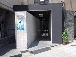 RE-005外観  - SKYレンタルジム難波店 SKYレンタルフットネスジム難波の外観の写真