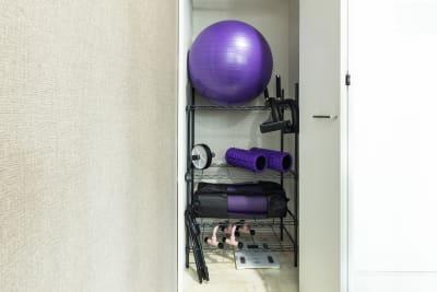 備品類 - SKYレンタルジム難波店 SKYレンタルフットネスジム難波の設備の写真