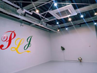 業者用エアコン - PLJStudioSの室内の写真