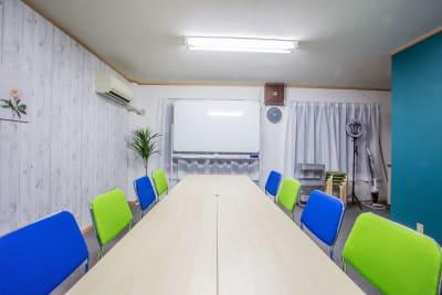 ふれあい貸し会議室 天満上谷 ふれあい貸し会議室 天満Aの室内の写真