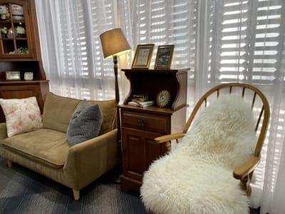 アンティーク家具のコーナー。 - 大手町スペースブリッド コワーキング撮影スタジオ の室内の写真