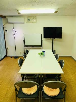 ゼロ会議室 駅近会議室!リモートワークに最適の室内の写真