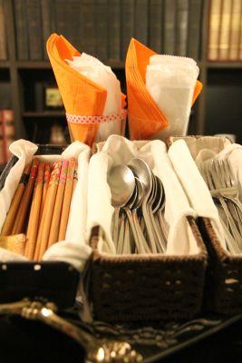 Leaning Cafebar 金魚 1F cafeの設備の写真