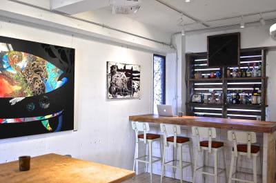 カウンターを使ってドリンクを出すことも可能です - JOINT Harajuku 2F 多目的スペース (1日利用の室内の写真