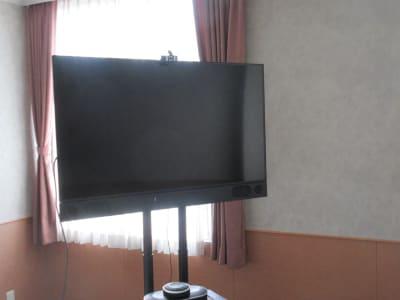 50インチモニター - 広島ダイヤモンドホテル 貸会議室「201号室」の設備の写真