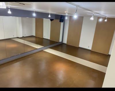 2階 6.8m x 4.5m - レンタルスタジオFreeDom FreeDom 2階スタジオの室内の写真