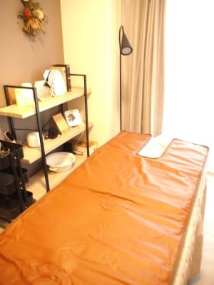 ヒートマットもございます - レンタルサロンミモザ 名古屋レンタルサロンの室内の写真