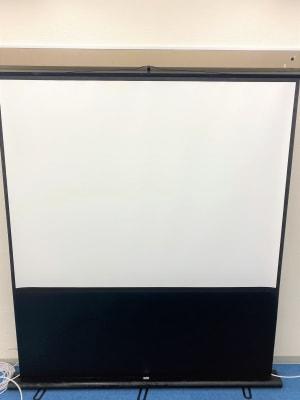 80インチ大型スクリーン - ブルースペース上野御徒町 貸し会議室の設備の写真