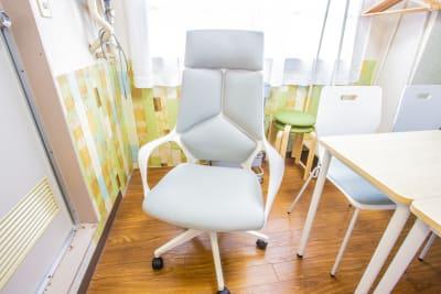 オフィスルームチェアのイメージです。 - 会議室「GreenAce2」 貸し会議室の室内の写真