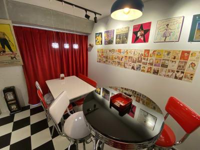 ロカビリーやアメリカングラフィティー、50'sや60'sのイメージで楽しんでくださいね♪ - アメリカンダイナースタジオ戸越 撮影向きレンタルスペースの室内の写真